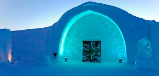 ice hotel2